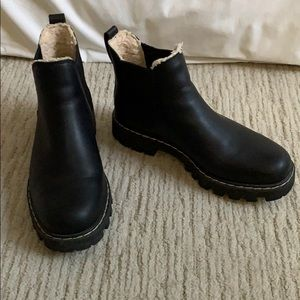 Roots Chelsea boots